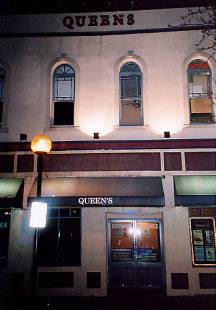 Venue : The Queen's Hotel